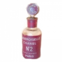 Chanel Mademoiselle Chanel N°2