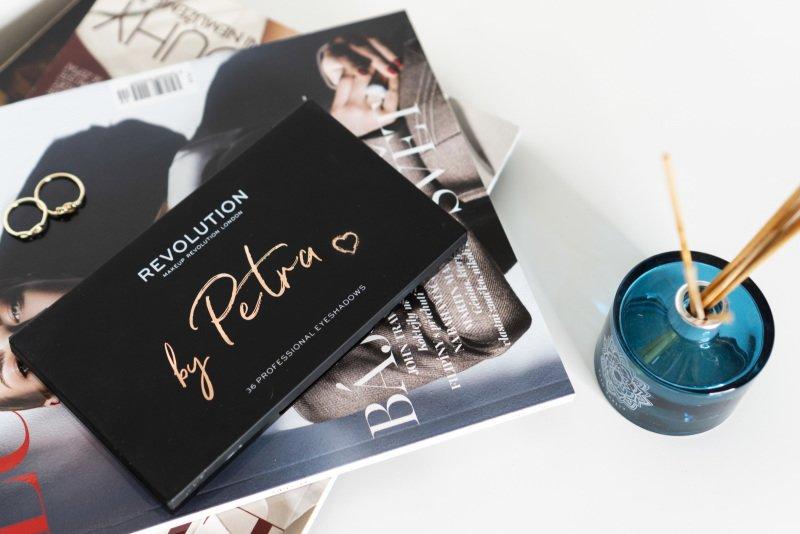 Vyzkoušeli jste už paletku, která vznikla díky spolupráci slavné blogerky a kosmetické značky?