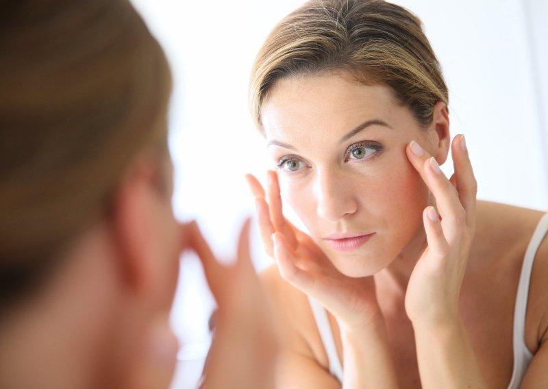 B-komplex přispívá ke krásné pleti a vlasům. Zdroj: goodluz / Shutterstock, Inc