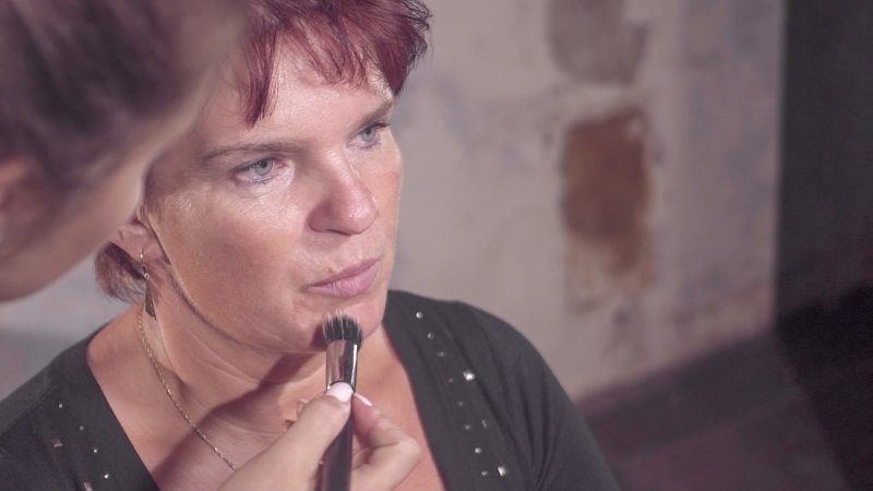 Před nanášením make-upu v zimě pleti věnujte extra péči