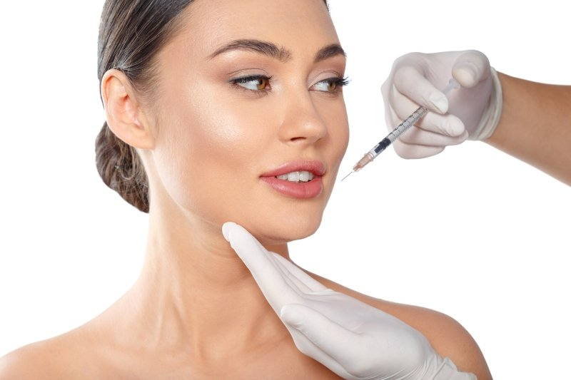 V estetické dermatologii se botox používá často. Zdroj: FabrikaSimf, Shutterstock, Inc.