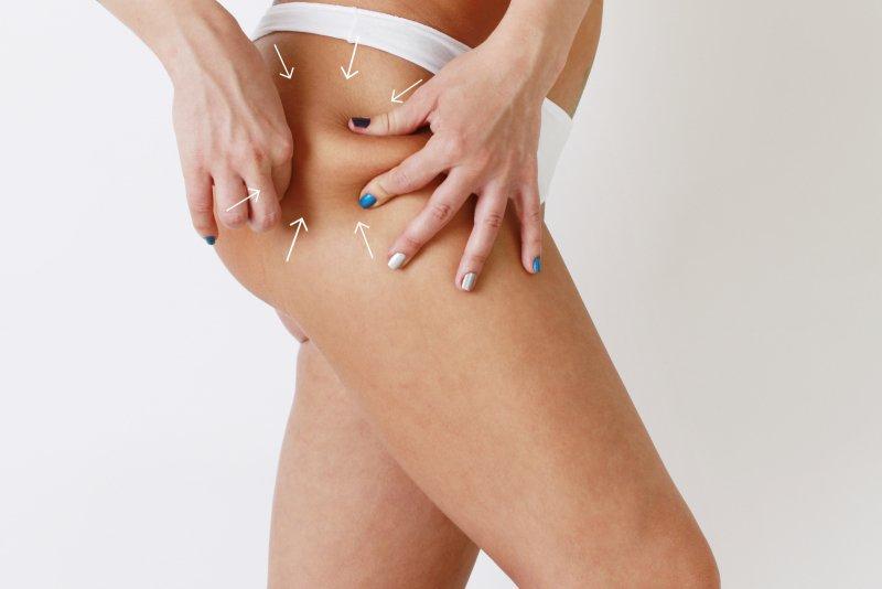 Pravidelné masáže pomáhají odplavování toxinů, ukládání tuků a v boji proti celulitidě. Zdroj: Maxim P., Shutterstock, Inc.