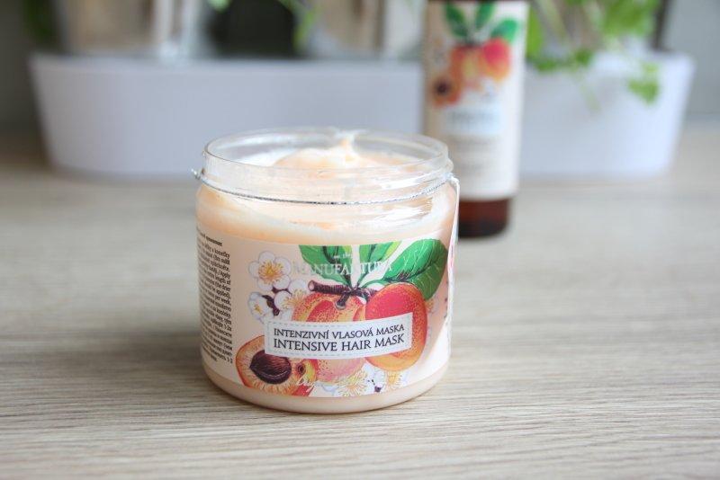 Mandlový a jojobový olej i extrakt z ženšenu a meruněk... může být lepší kombinace?