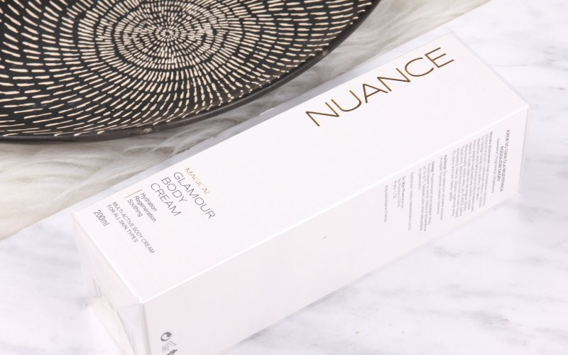 Výživný Glamour Body Cream značky Nuance obsahuje výtažky z černého rybízu a koňského kaštanu.