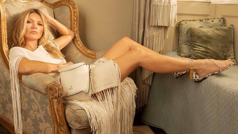 Podzimní kolekci 2020 Jimmy Choo uvedla slavná Kate Moss. Zdroj: Profimedia